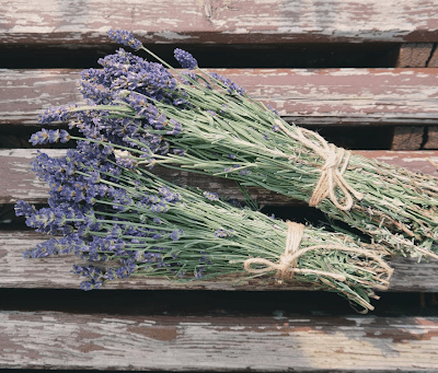 Homegrown Plants And Flowers You Can Use In Cooking!