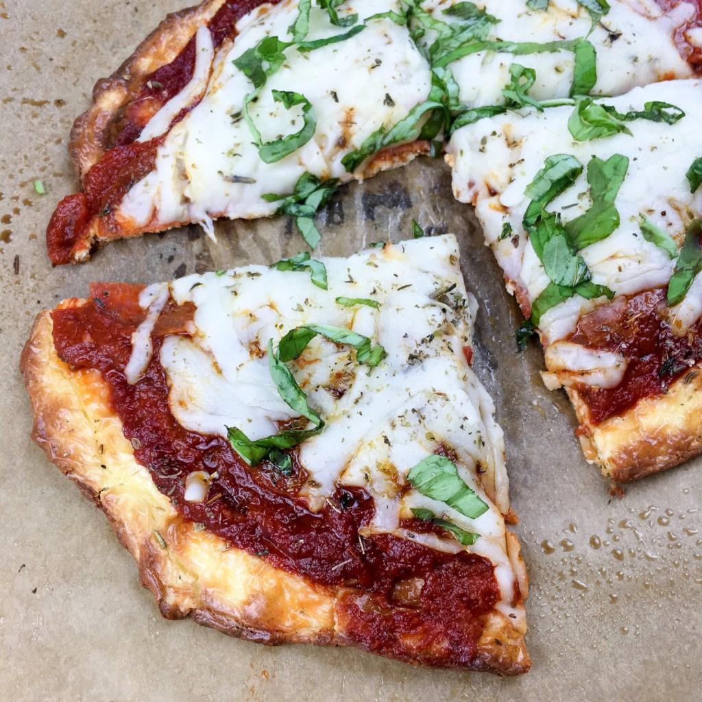 Easy Keto Pepperoni Pizza