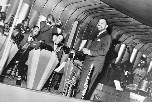 1939 – Benny Carter & His Orchestra at the Savoy. Musicians are Tyree Glenn, Vic Dickenson, Carl Frye, Ernie Powell. Source: Benny Carter Collection, Riverwalk Jazz.