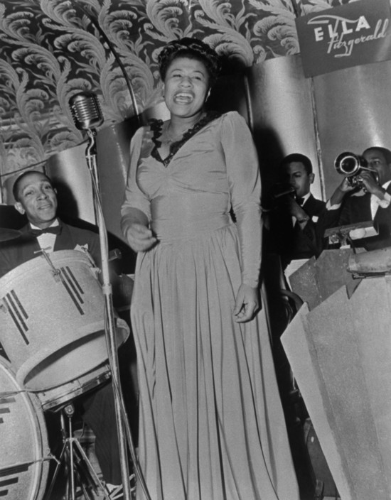 1941 – Ella Fitzgerald Orchestra on the Savoy bandstand. Source: Frank Driggs Collection, Magnum Photos (reference PAR60128).
