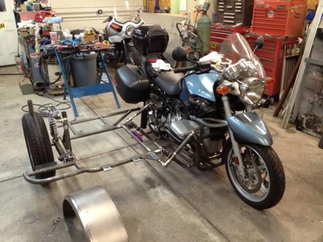 Motorcycle sway bar 01