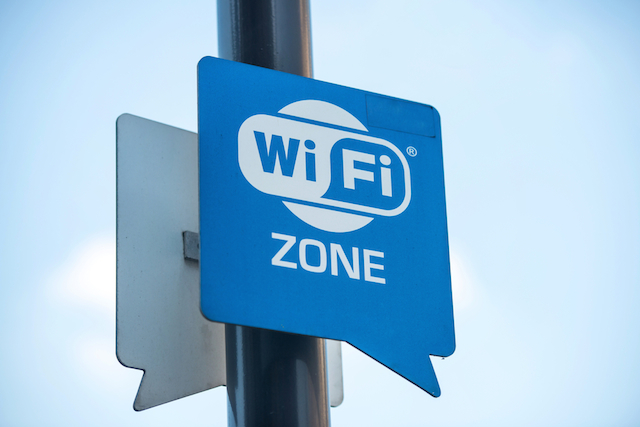 Public Wi-Fi hotspots - know the risks 3