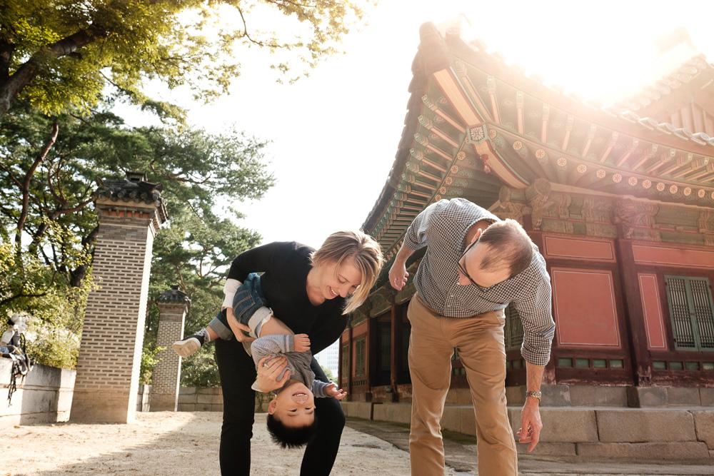 Family Photographer in Korea - The Porters