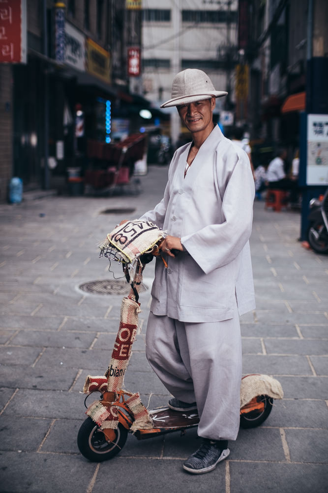 Jongno Gentlemen - Photography in Seoul