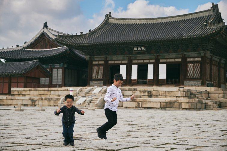 Seoul, Korea, Family Photographer - Ashcraft Family Child Portrait