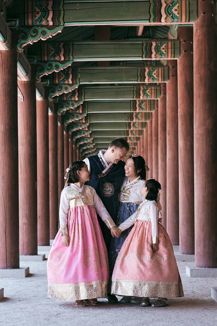 Miles Family Hanbok Photoshoot - Family Portrait in Changdeokgung