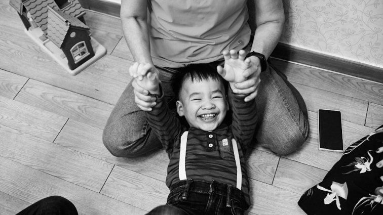 Adoption First Meeting Photography - Beach Family