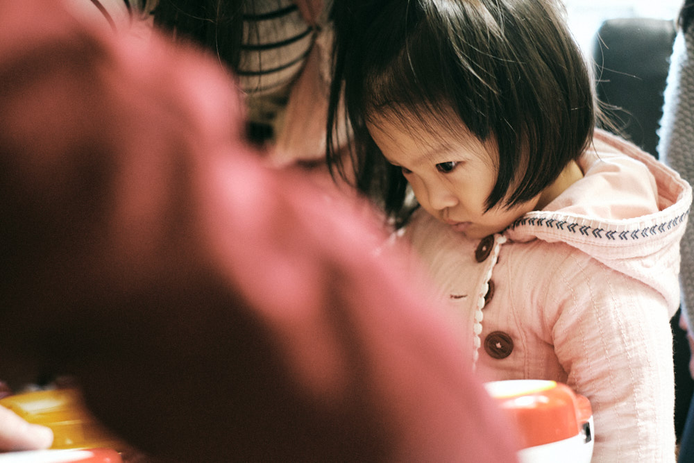 A first moment with Selah, Korea Adoption Photography