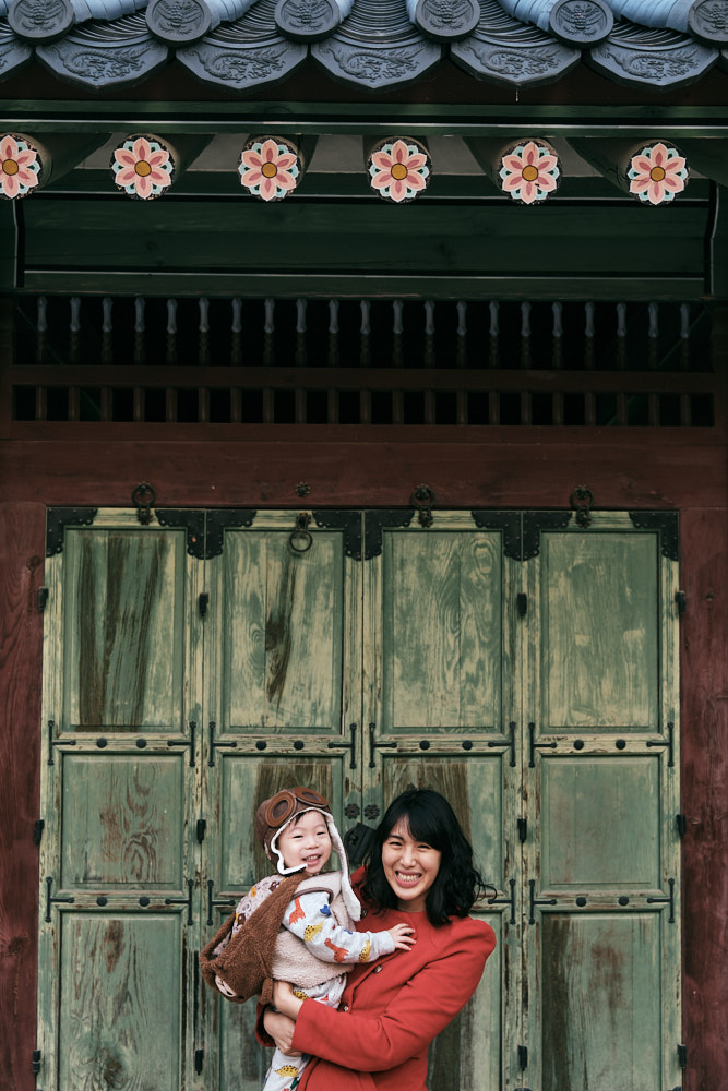 Family photos in Changdeokgung, Seoul