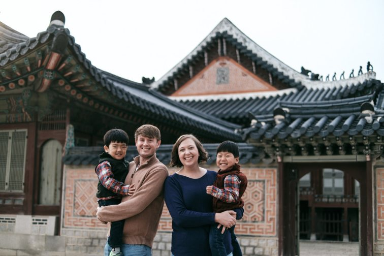 Post Custody Family Photos with the Hudsons