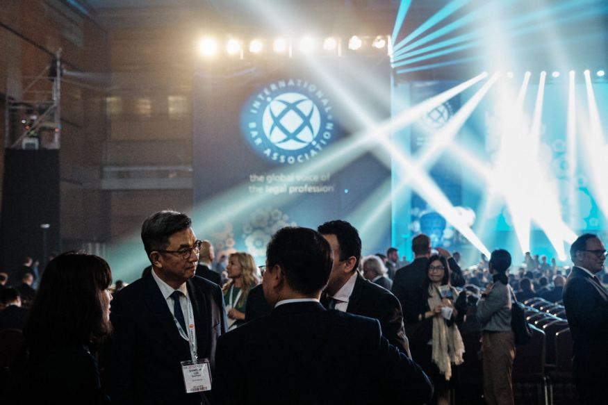 Lights and Signage - IBA Seoul Event Photography