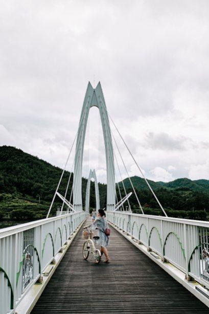 Crossing the Seomjin River - Cycling Korea