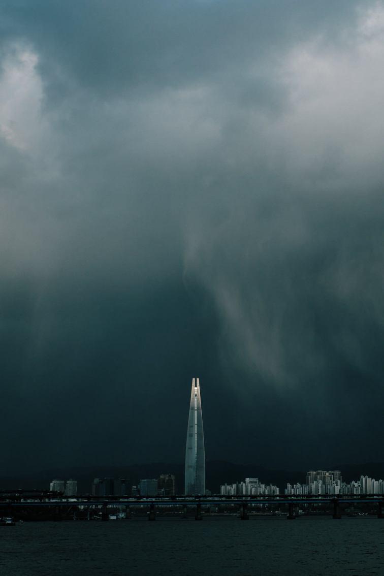 Lotte Tower in Rain
