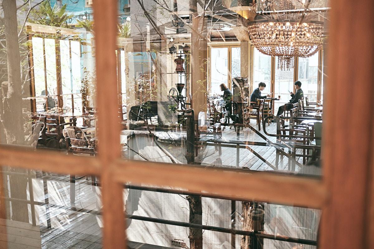 Cafe at Gangnam Station