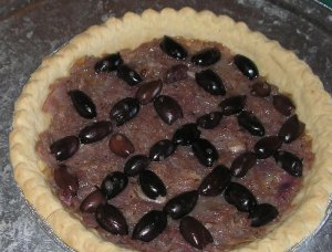 A pissiladiere pie from smash (caramelized onions and kalmata olives)