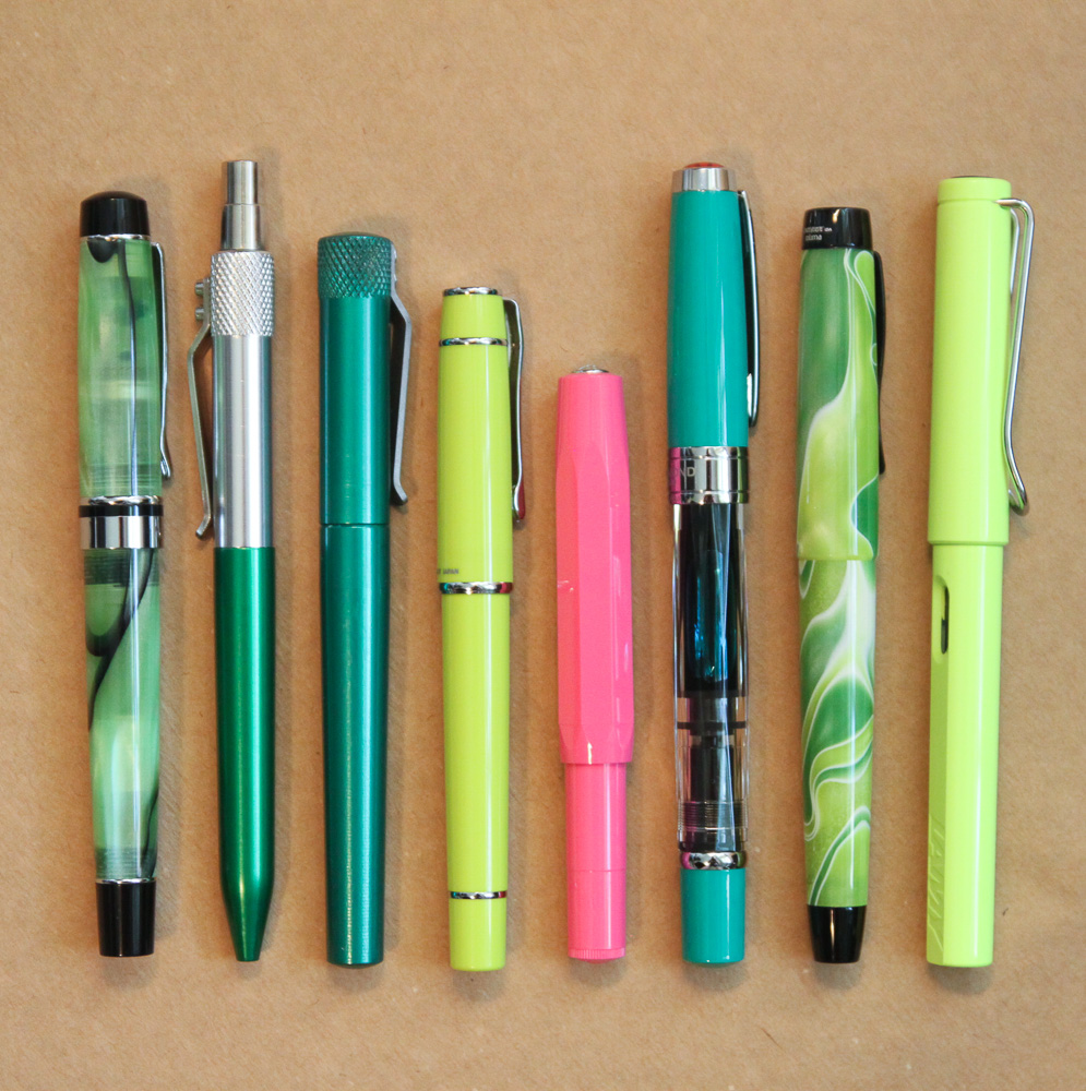 Kaweco Skyline Sport in Pink with green pens