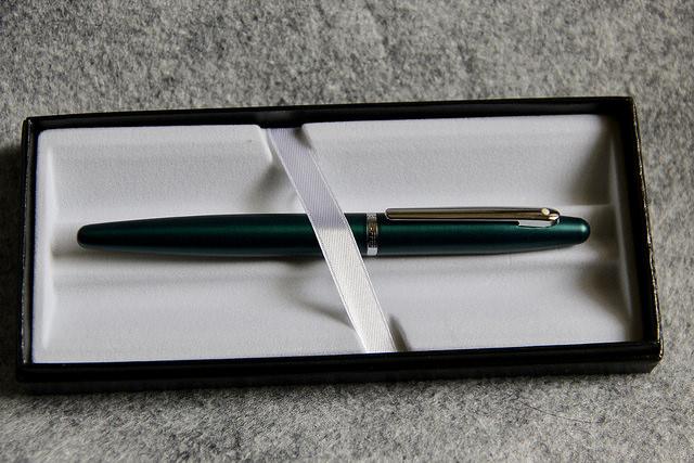 Fountain Pen Review: Sheaffer VFM