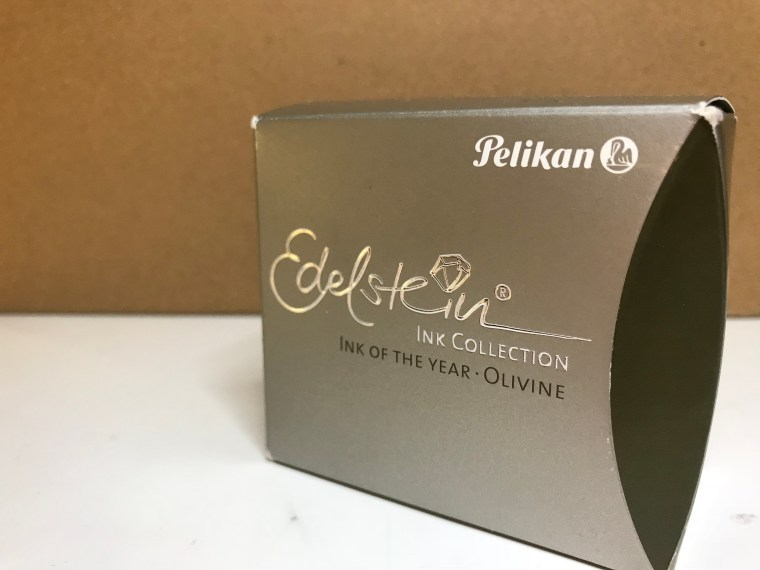 Ink Review: Pelikan Edelstein Olivine
