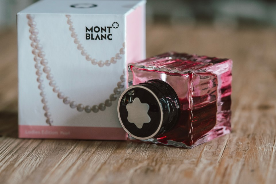 Guest Post Ink Review: MontBlanc Ladies Edition Pearl