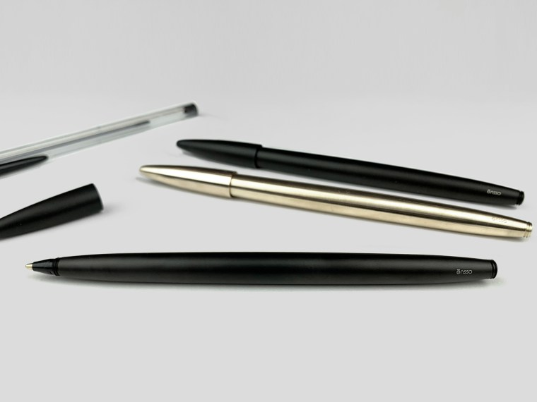 Sponsored Post: Kickstarter ēnsso Aria, Minimalist metal pen for the BIC ballpoint refill.