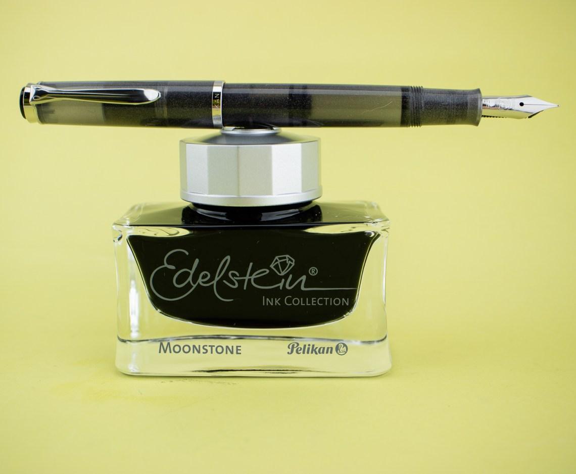 Pelikan M205 EF and Moonstone ink