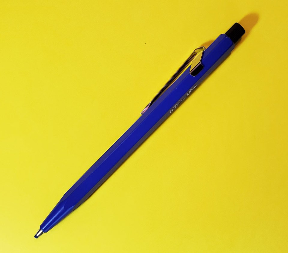 Cd'A Fixpencil Klein Blue full length