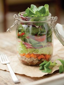 """Lunch """"to go"""" in glass jar"""