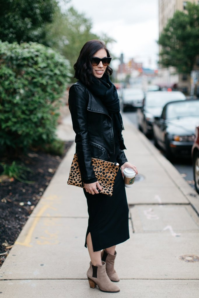 pittsburgh blogger-wellesley and king-fall maternity outfit