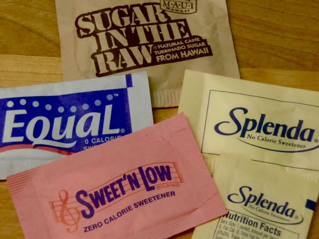 Yellow, blue or green – which artificial sweetener is better?