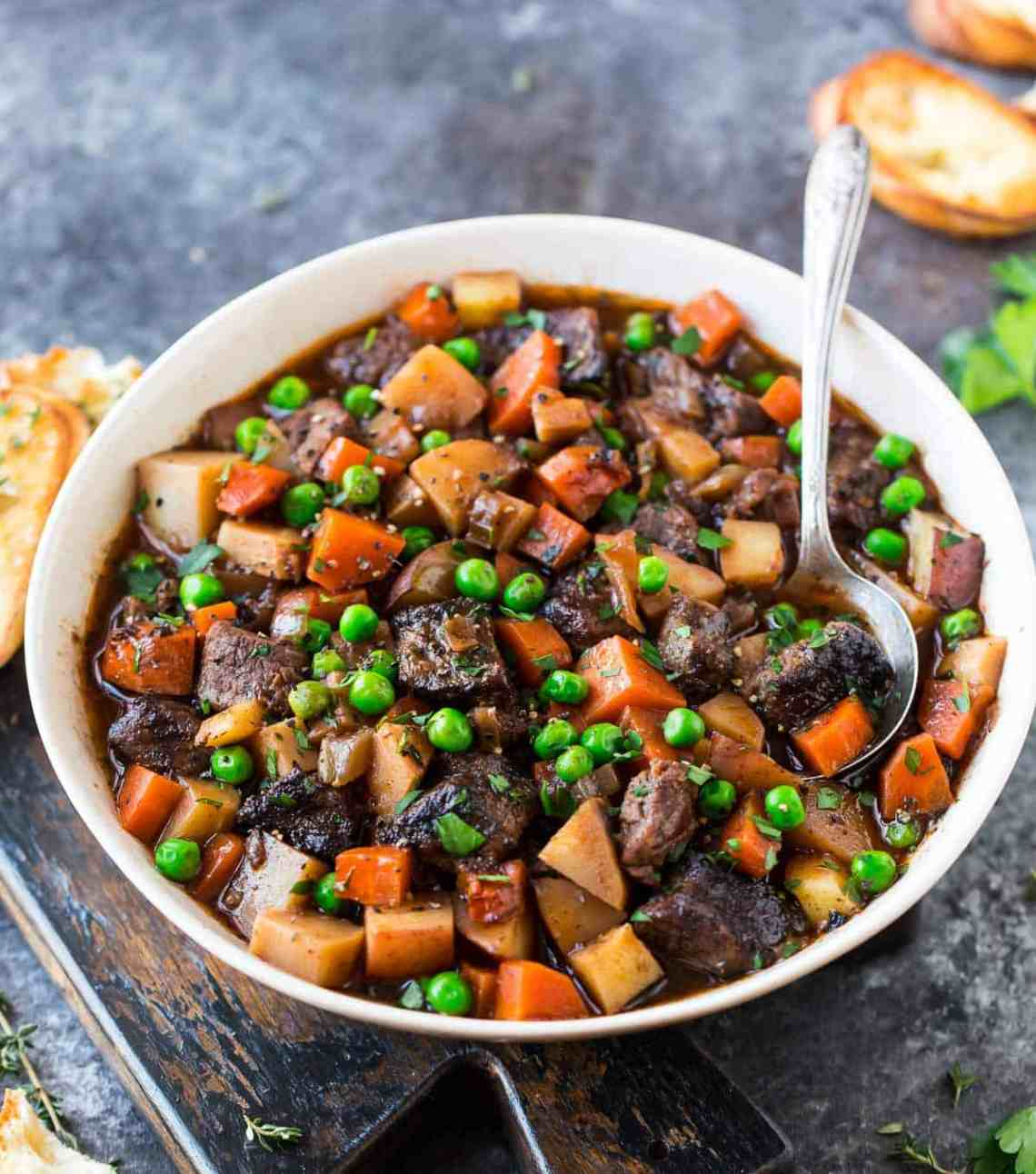Easy Beef Stew For The Stove Top Or Slow Cooker - Easy ...