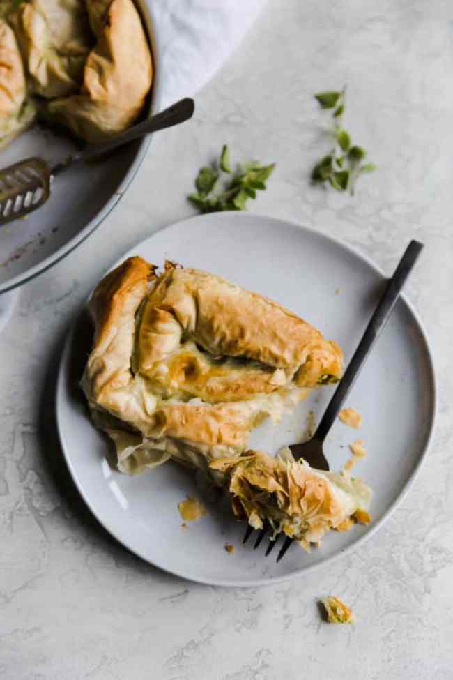 spanakopita spirals are the vegetarian dish you've been waiting for!