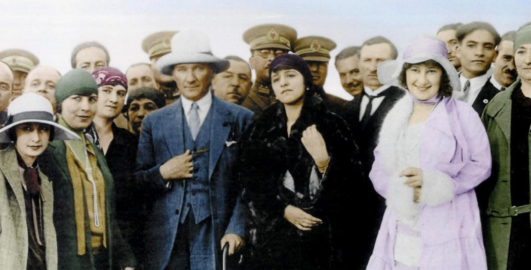 Atatürk and Western Dressing Codes