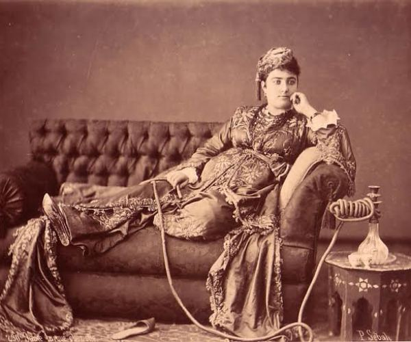 Dame Turque (Turkish lady), a typical 'orientalist' composition.
