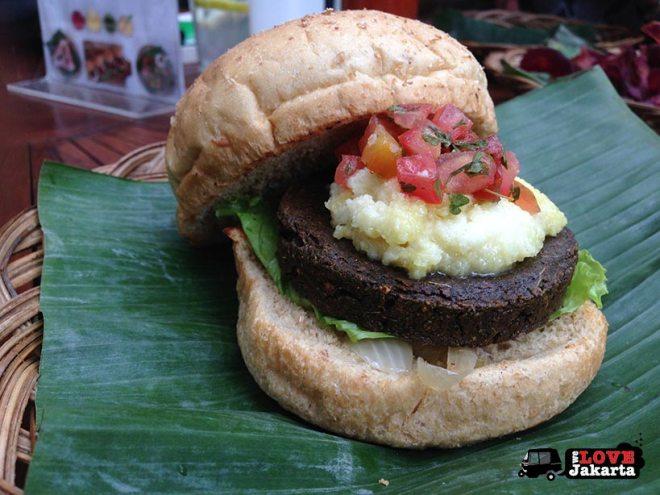 welovejakarta_We Love Jakarta_Vegetarian food in Jakarta_Burgreens Organic Eatery Jakarta_Burgreens Bintaro