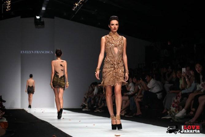Evelyn Francisca_Jakarta Fashion Week 2015_Senayan City_Tasha May_we love jakarta_welovejakarta.com_fashion designers indonesia