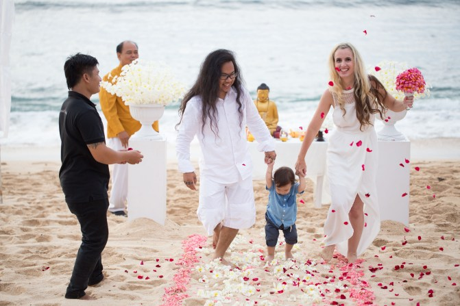 tasha may_welovejakarta_we love jakarta_affordablebaliweddings_marrying an indonesian_balangan beach_la joya villas balangan bali