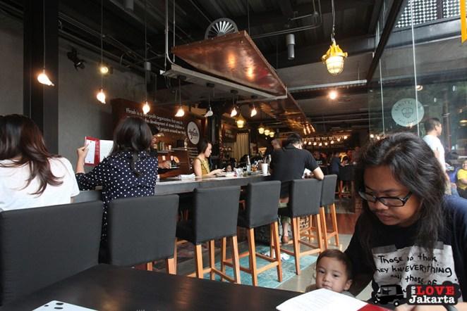 tasha may_welovejakarta_we love jakarta_eating out in Jakarta_Komunal 88 Kemang_cafes in South Jakarta