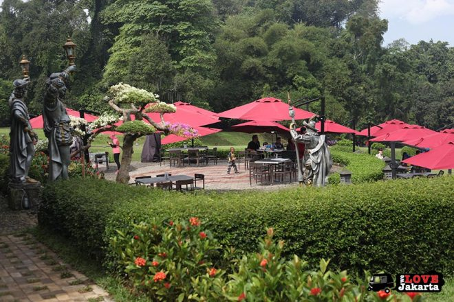 Cafe at Bogor Botanical Gardens Indonesia
