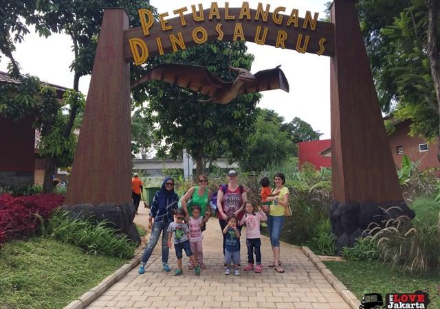 Tasha May_we love jakarta_Taman Mini Jakarta_Taman Legenda_Jakarta with kids