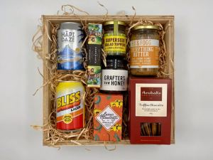 Medium size Wellington gift box with Garage Project beer
