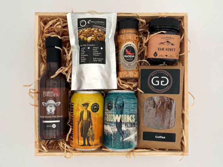 Tasty Taranaki Gift Box With Beer (Medium Size)