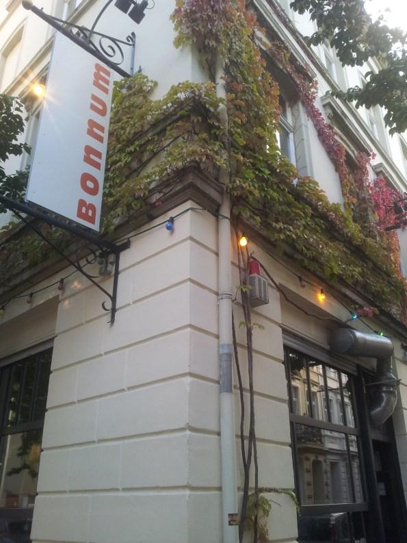 Altstadt Bonn gut essen Restaurant und Kneipe günstige Preise Klein Bonnum