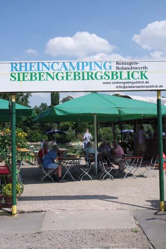 Siebengebirgs Camping Biergarten schöner Biergarten am Rhein