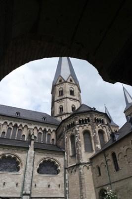typische Geschenke aus Bonn Münsterkirche Wein Stiftsherren Edition Bonner Münster