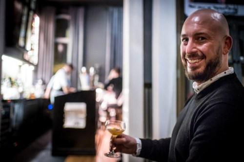 Firmenevent Bonn Rheinland Tasting Weihnachtsfeier Food Tour durch Bonn Craft Beer Tasting für Gruppen