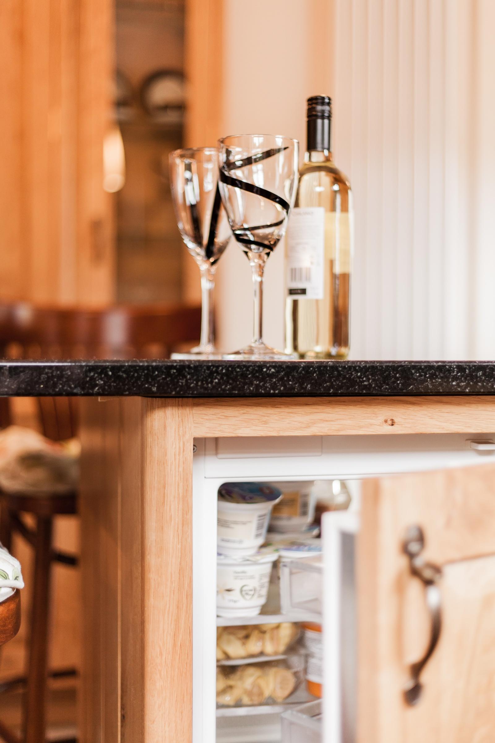 Oak Kitchen Saundersfoot Pembrokeshire