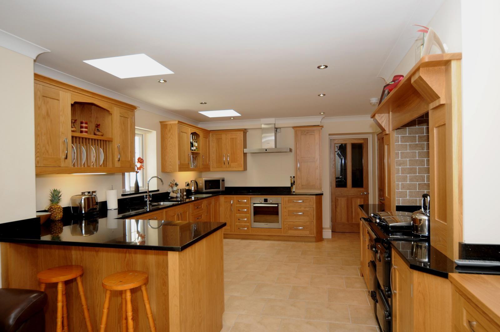 Oak Shaker Kitchen St Davids Mark Stones Welsh Kitchens