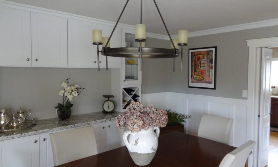 sherwin williams mindful gray dining room