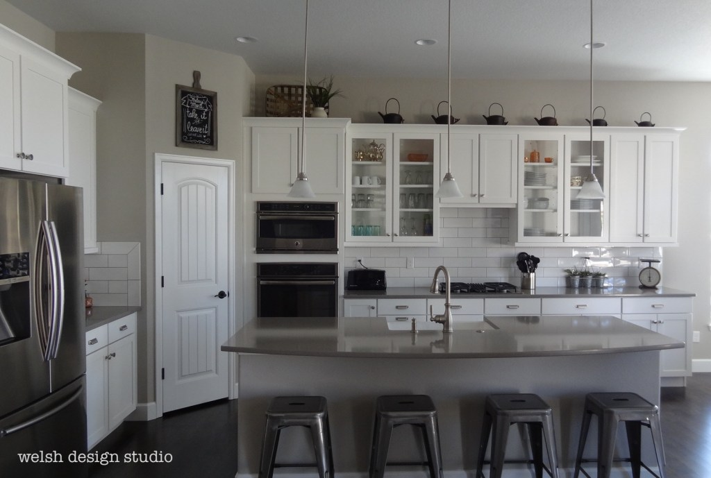 Pendant lights for an industrial farmhouse kitchen welsh for Industrial farmhouse design