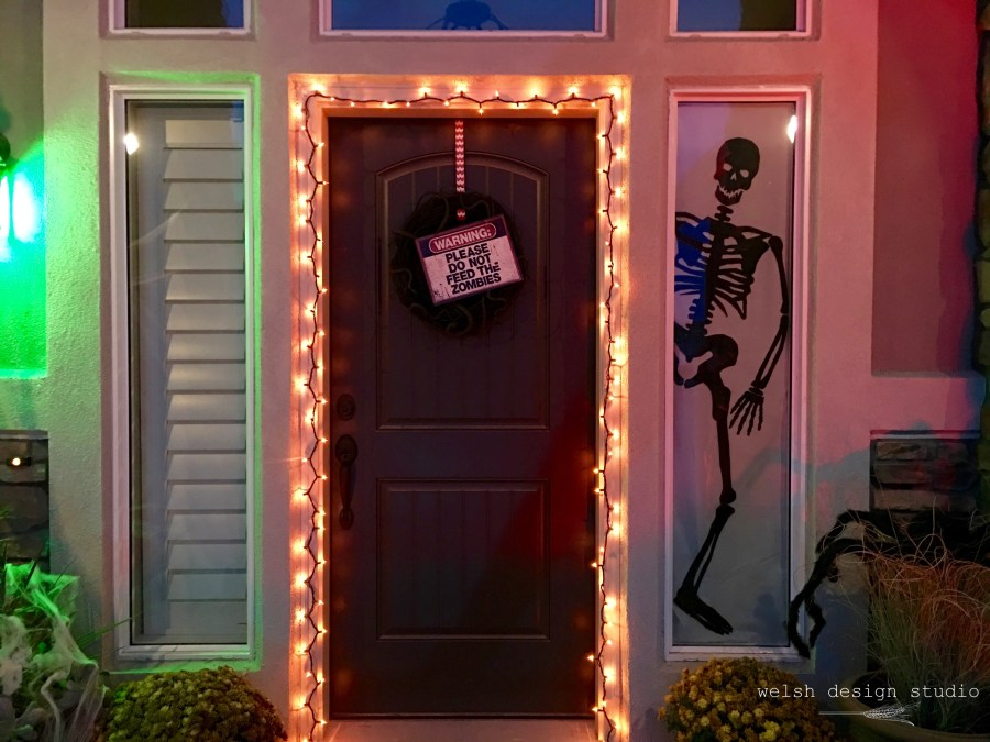 Halloween decorations for front door
